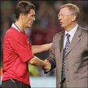 Roy Keane & Sir Alex Ferguson shaking hands at Keane's testimonial match